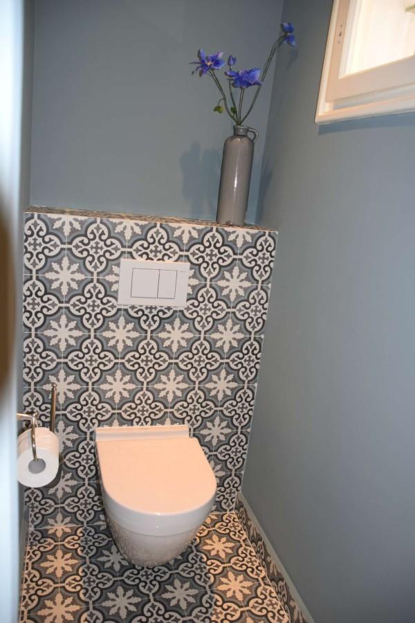 Portugese cementtegels in toilet