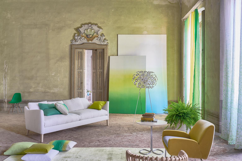 VT Wonen look: Designers Guild dip dye behang